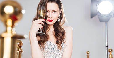 Jak usunąć plamy po szampanie?