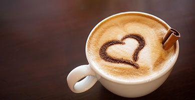 Jak usunąć plamy z kawy i herbaty?