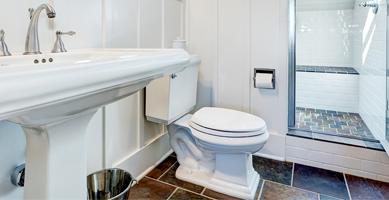 Szybkie usuwanie kamienia z toalet i dezynfekcja